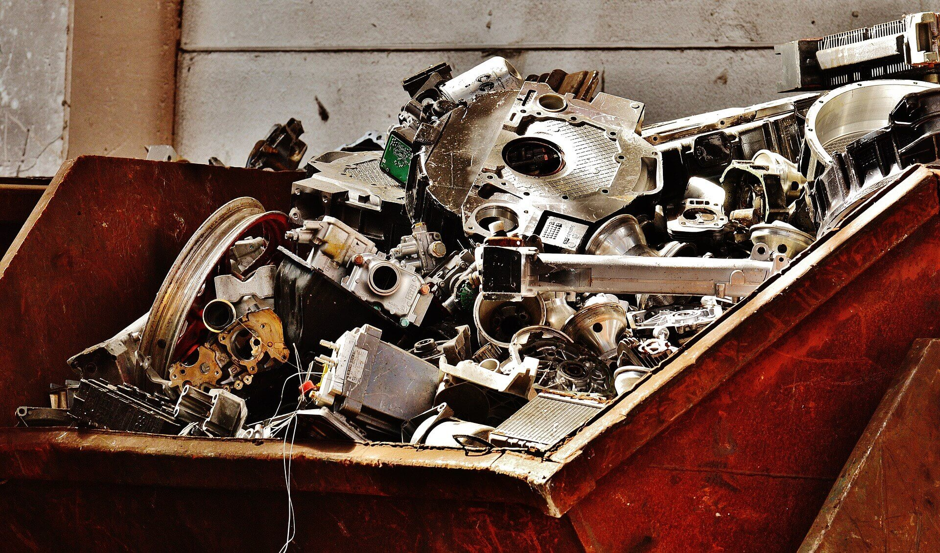 HOW MUCH IS SCRAP METAL WORTH?